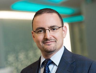 Mr Ajuied, knee surgeon - Home Physio Group